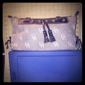 Small Dooney and Bourke handbag